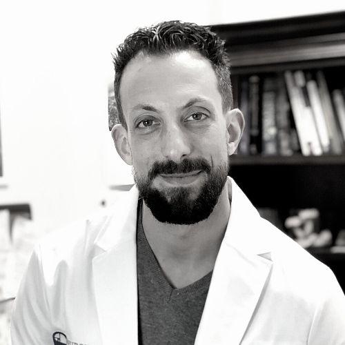 Dr Evan Lewis