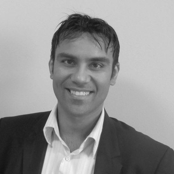 Dr Niraj Singh